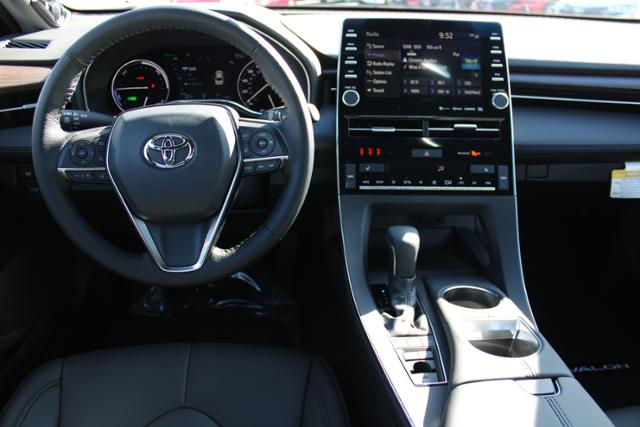 New 2020 Toyota Avalon XLE Hybrid