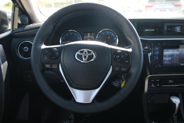 Pre-Owned 2018 Toyota Corolla SE